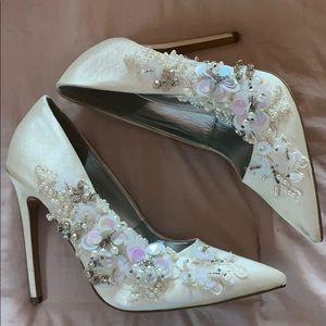 white satin heels w bead detailing🕊